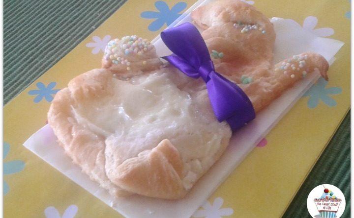 Bunny Cream Cheese Danish #EasterDesserts #EasterSweetsandTreats