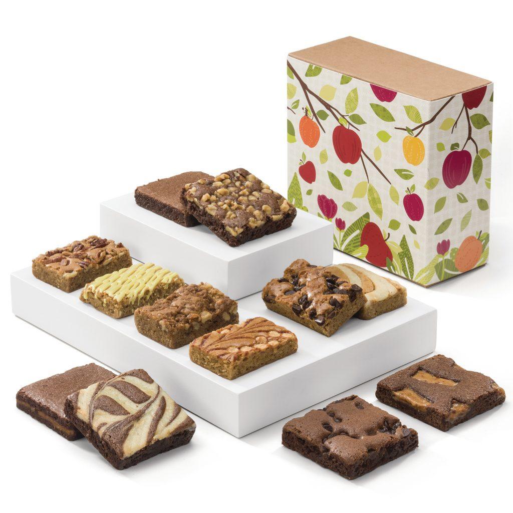 Fall Bar & Brownie Combo #Brownies #blondie #delish #brownielove #FallinLovewithBrownies